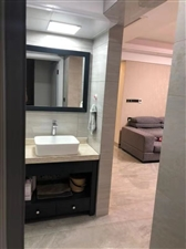 水晶城精装3房带40平方露台