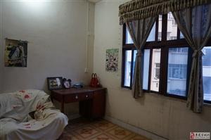 3室2厅1卫整栋出租二层600元/月