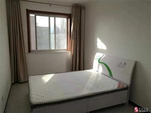 玫瑰园3室2厅1卫1700元/月