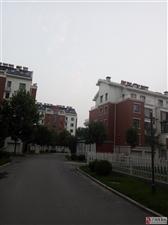 东方威尼斯7楼158平精装修带车位看房议价