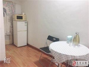 明园小区1室1厅1卫2300元/月房东直租
