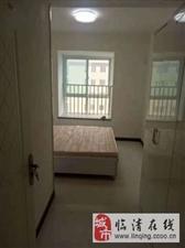 逸景家园+3室2厅+900元/月+车库200元