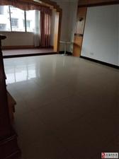 9275三江路清爽3室2厅带储藏间110万元