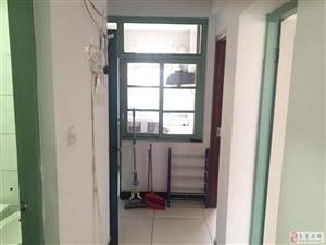 太平花苑小区2室1厅1卫3200元/月