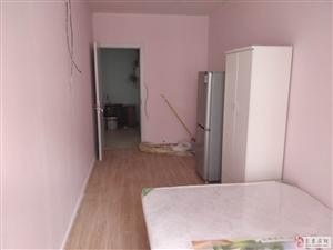 翠屏东南小区3室1厅1卫850元/月