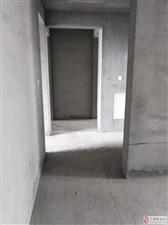 四季花城洋房6楼131平带车位储藏室78万元