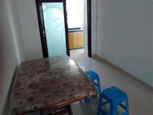 1室1厅1卫800元/月