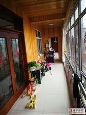 3715京博雅苑3楼5室2厅4卫280万元