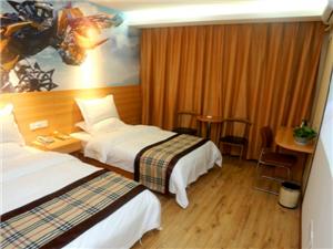 龙港影视酒店