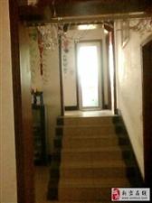 出售水上乐园大产权小复式三室两厅146平米包过户