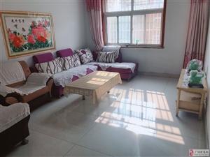 锦湖家园多层2楼3室2厅1卫950元/月