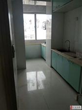 鑫福家园2室1厅10000元/年6楼带阁楼