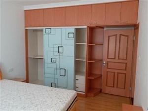 富春园2室2厅1卫1600元/月