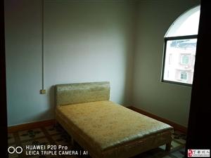 学区房4室2厅2卫48万元