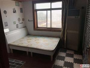 金轮第一城3室1厅1卫980元/月