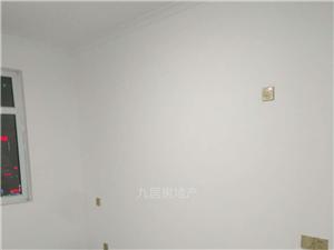 �慰h二手房出租中央�V��108.8平米��b�梯洋房
