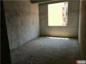 工业园安置房3室2厅2卫33万元