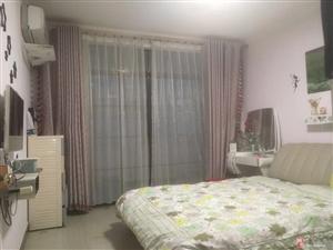 天工花园两室两厅年租15000元
