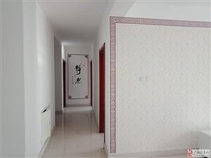 同和小区1楼精装130平带家具+空调1350元/月