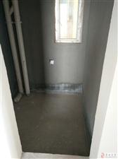 香樟豪庭103平三室两厅双卫清水房!有证可按揭!