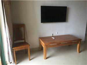 剑法公寓4室2厅3卫142万元