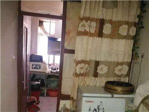 秦宝小区3室2厅1卫70万元