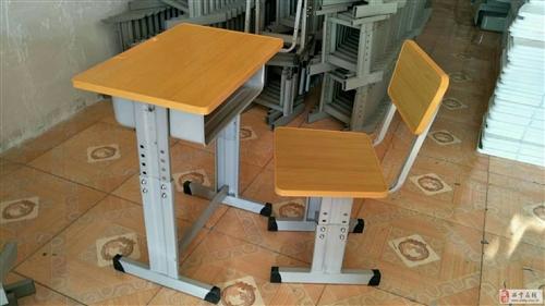 青海世騰中小學生課桌椅培訓課桌椅塑鋼課桌椅定制廠家