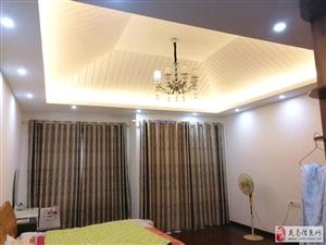 龙翔国际小区别墅3室2厅3卫4500元/月招租