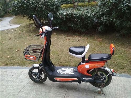 邛崃城区范围出售经典、耐用成色好的自用电瓶车一辆。