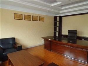 金融行证服务中心写字楼出售318平每平仅7300元
