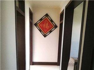 西苑小区3楼120平精装带家具+空调1700元/月