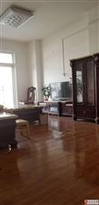 湘龙鑫城3室2厅2卫2200元/月