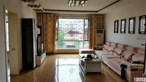世纪花园三越四175平四室装修好4000/月没租过