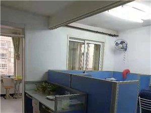 阳光小镇别墅208平临街,实际260多平,业主包暖气费用