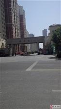 锦绣城2期电梯29楼143平120万元送储车位包