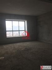 光南路口电梯房4室2厅2卫67万元