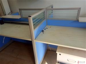 低价出售二手办公文件柜,办公桌椅,4人屏风