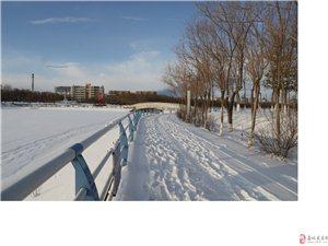 嘉峪关雪景