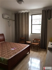 光明小学附近电梯房,单间带卫生间1室0厅1卫966元/月
