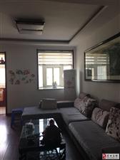 王府花园4楼3室2厅120平精装家具家电齐全