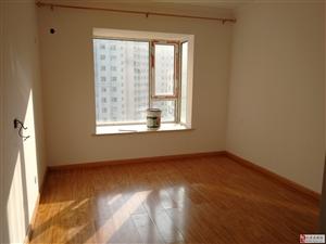 景鸿大厦3室2厅2卫3500元/月