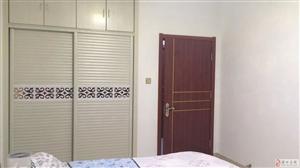 麒麟阁3室2厅2卫128万元