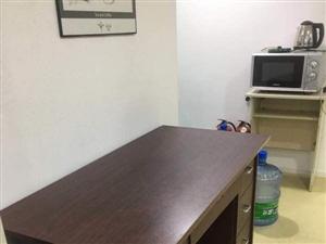 低价处理2张家里闲置的办公桌