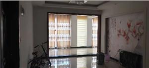 御景湾94�O三房精装带部分家具户型采光极好送双阳台
