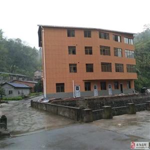 长阳津洋口时尚丽都小区对面现有房屋、仓库出租