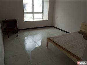 开发区华伟中央城3室2厅2卫49万元