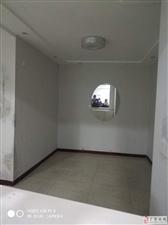 林家巷140平米4200元/月办公美容美发优