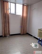 龙洲安置区新房出租2室2厅1卫1200元/月