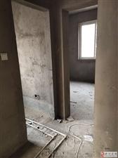 锦城国际3室2厅2卫55万元