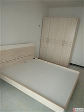 新时代小区2室2厅1卫空调床橱柜热水器